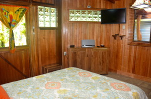 physis-caribbean-room #2-bed-view